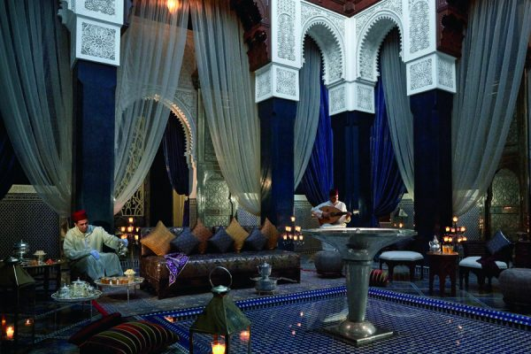 patio-bleu-royal-mansour